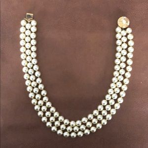Jewelry - Pearl Necklace
